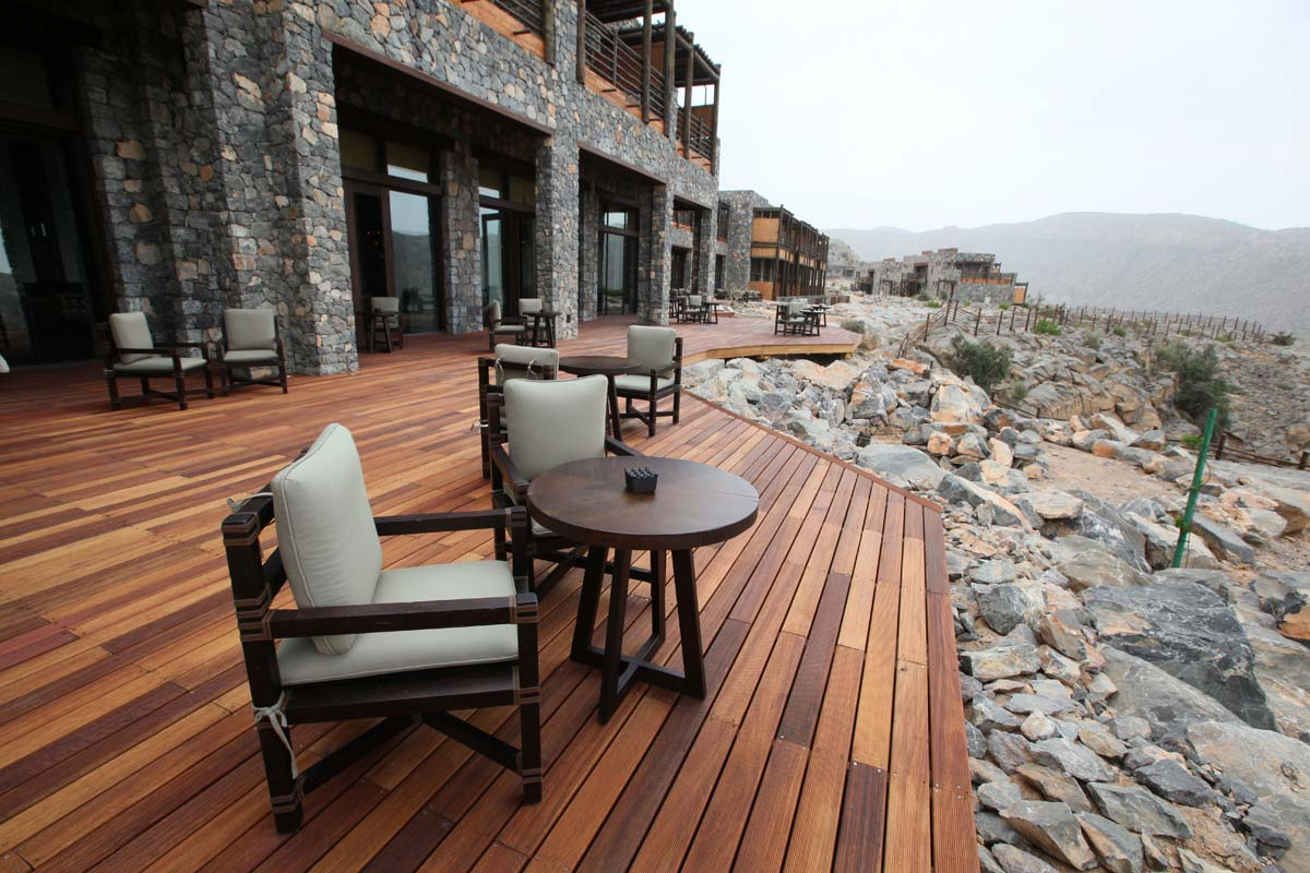 Home Interior Designer Alila Jabal Akhdar Oman S Amp T Interiors And Contracting